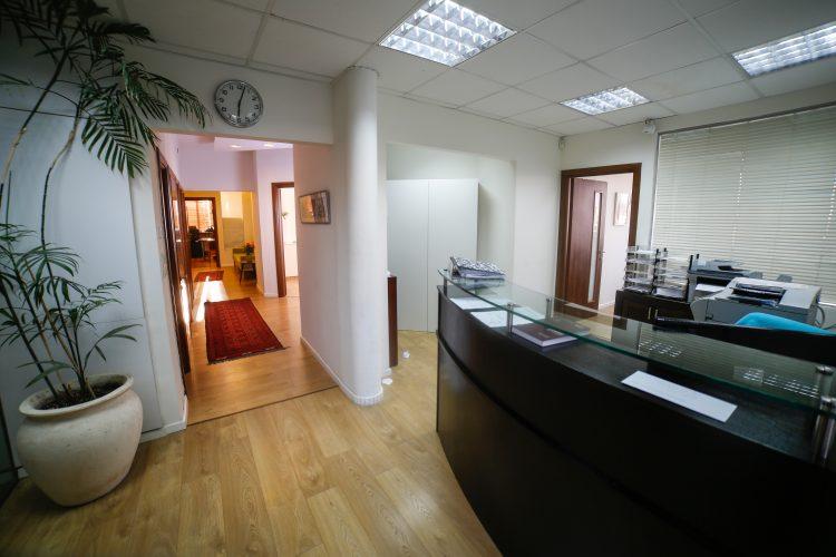 תמונת משרד 1